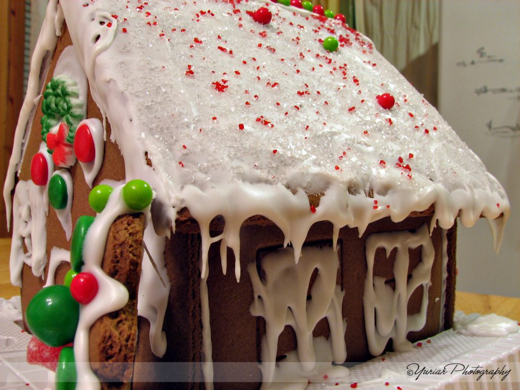 Gingerbread house – side
